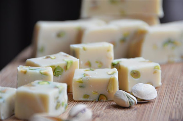 http://www.krisztinawilliams.com/2012/03/baileys-irish-cream-desserts.html