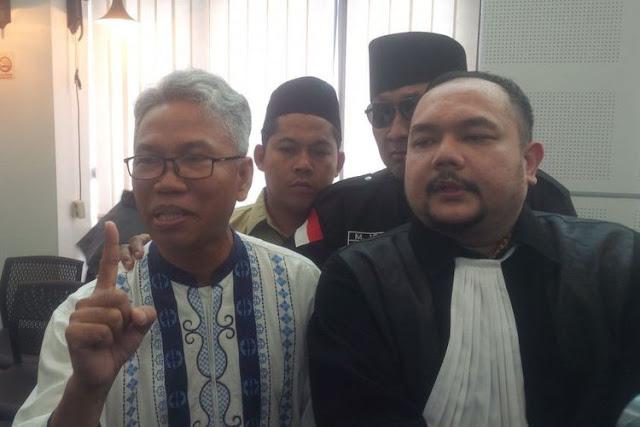 Akibat Linglung Dengar Tuntutan 2 Tahun Pejara, Buni Yani Marahi Wartawan & Maki Maki Jaksa Begini
