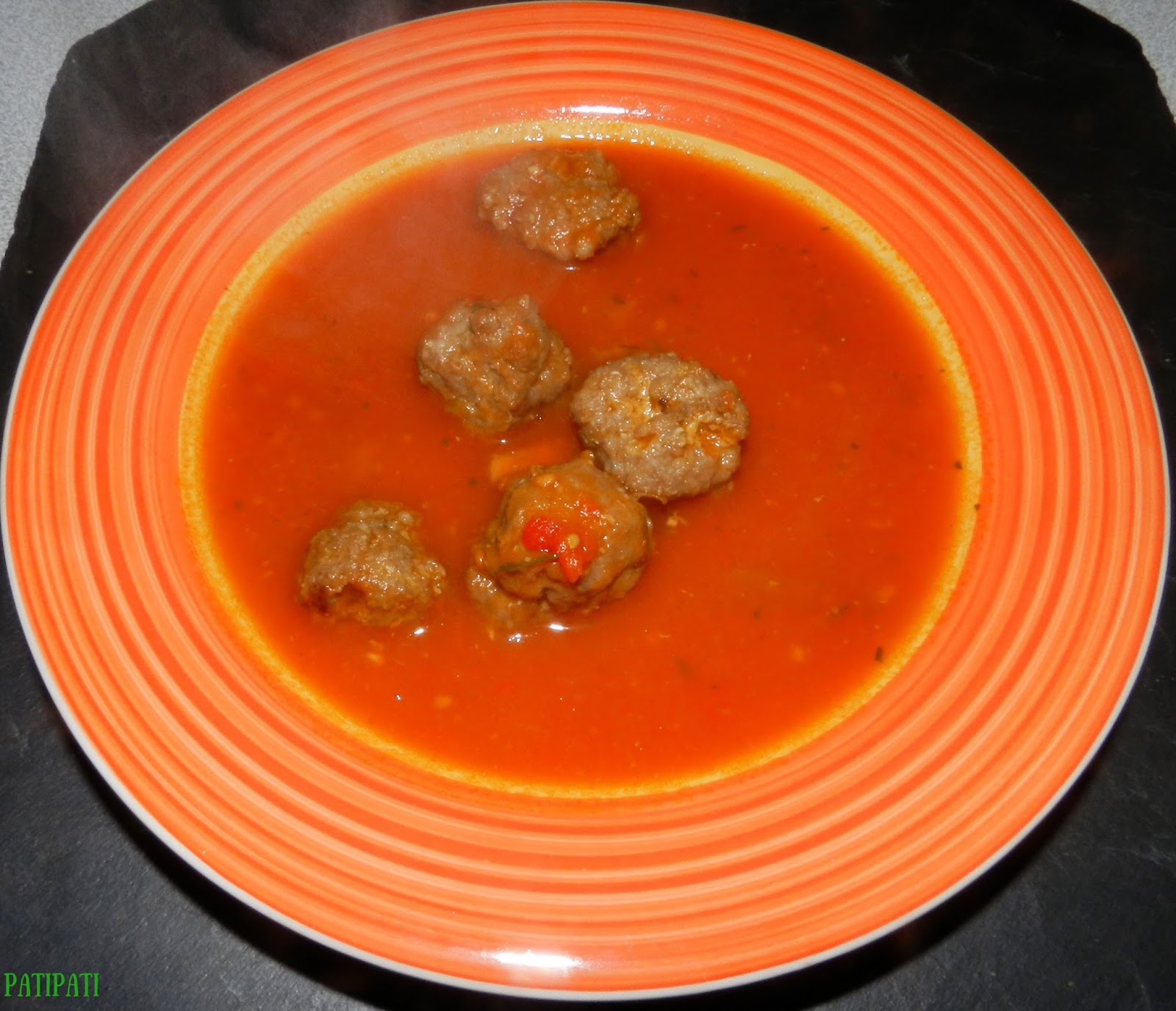 patipati cuisinons pour le plaisir potage aux tomates et minis boulettes maison. Black Bedroom Furniture Sets. Home Design Ideas