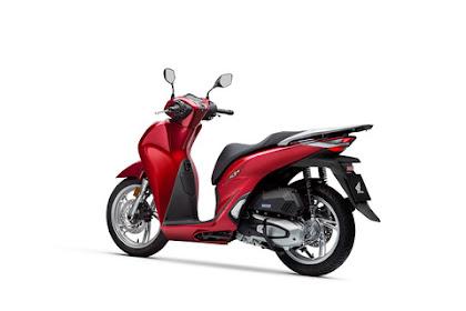 Honda Vs Yamaha Mesin 4 Klep Siap Lawan Maxi Scooter