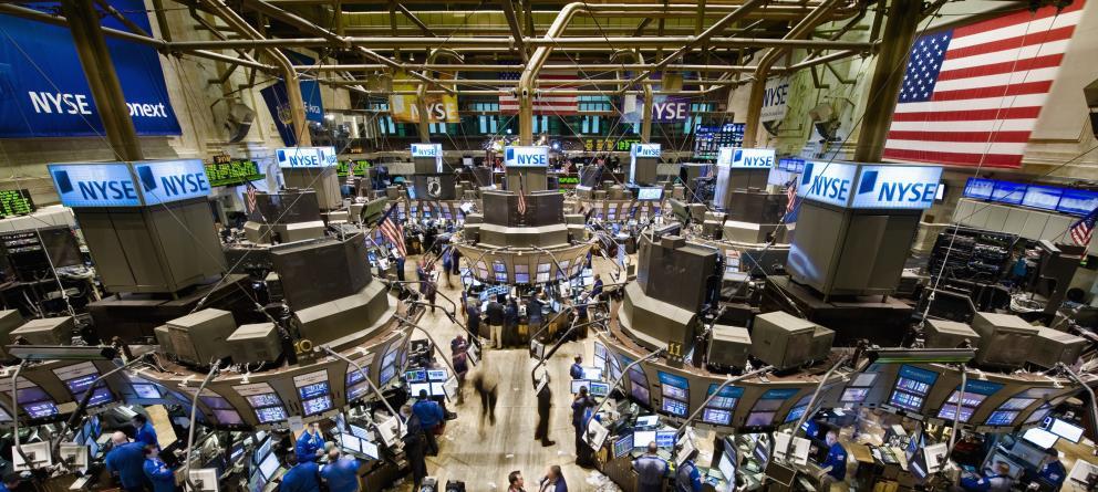 Wall Street cierra con sólidas ganancias y el Dow Jones sube un 1,02 %