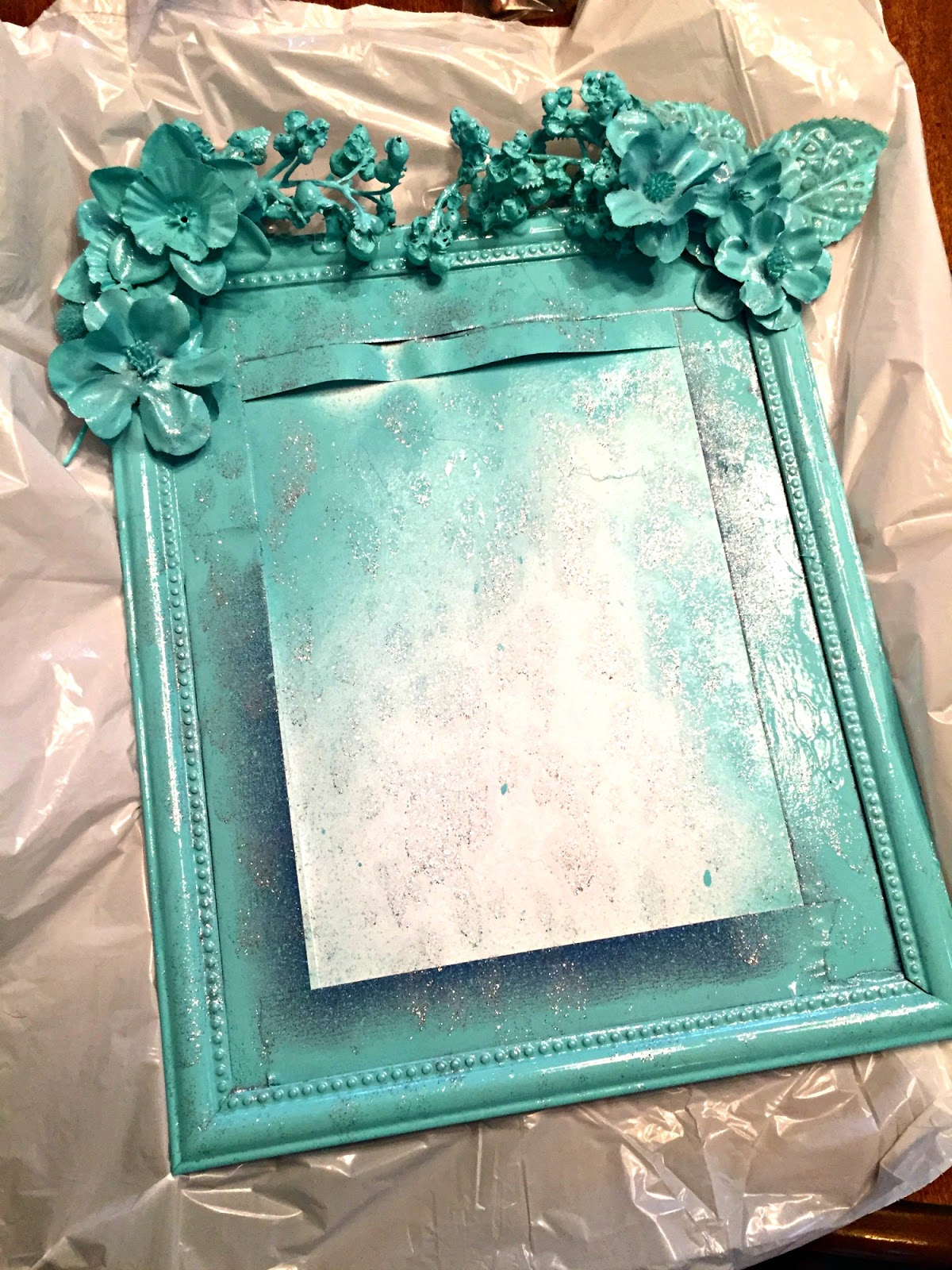 DIY: Knockoff Anthropologie Mirror (Just $4!) | The Food Hussy!