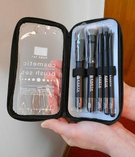 charcoal-makeup-brush-set-opened.jpeg