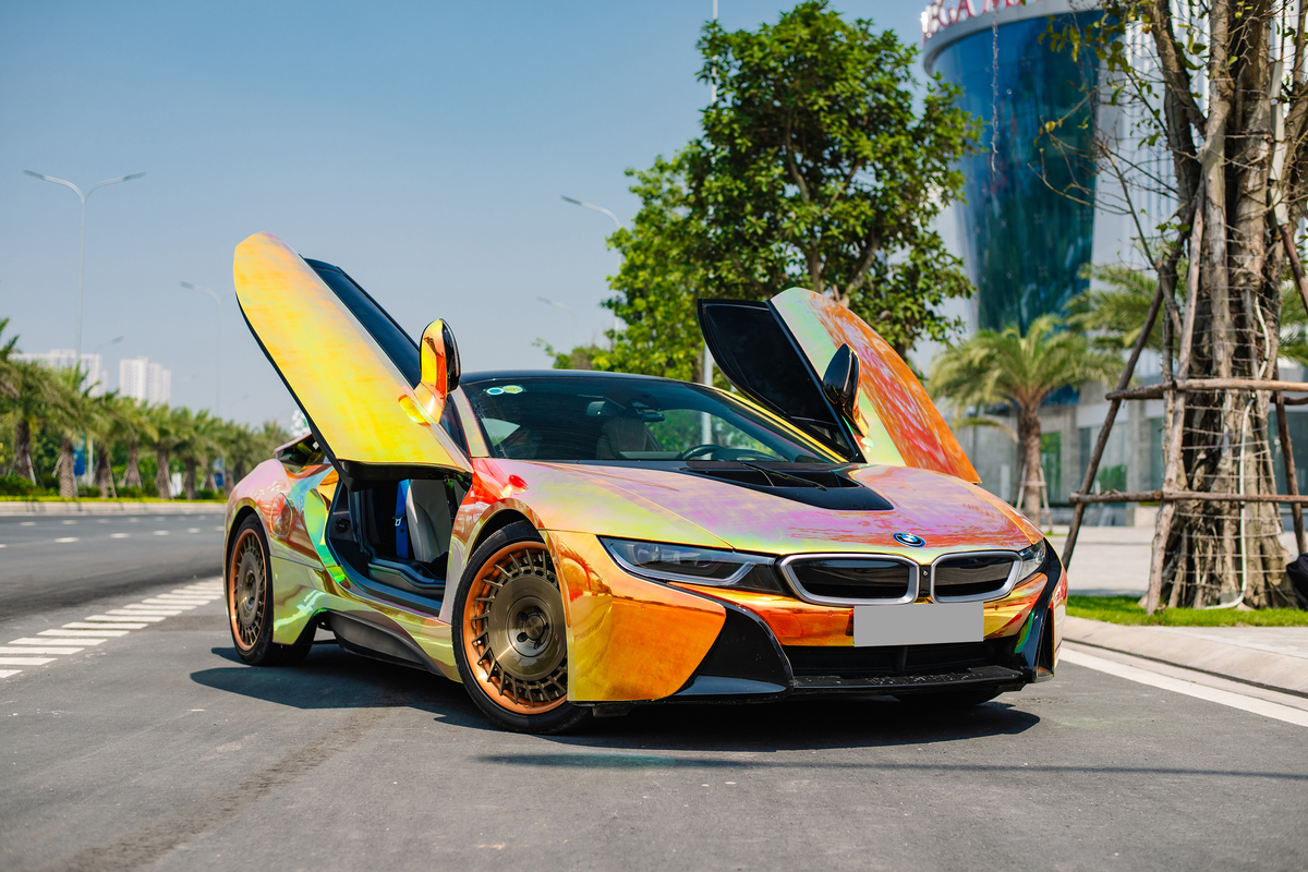 BMW i8 – 'hàng hot' một thời của dân chơi Việt