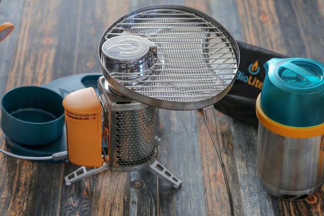 Biolite campstove grillaufsatz flex light bundle camping kocher