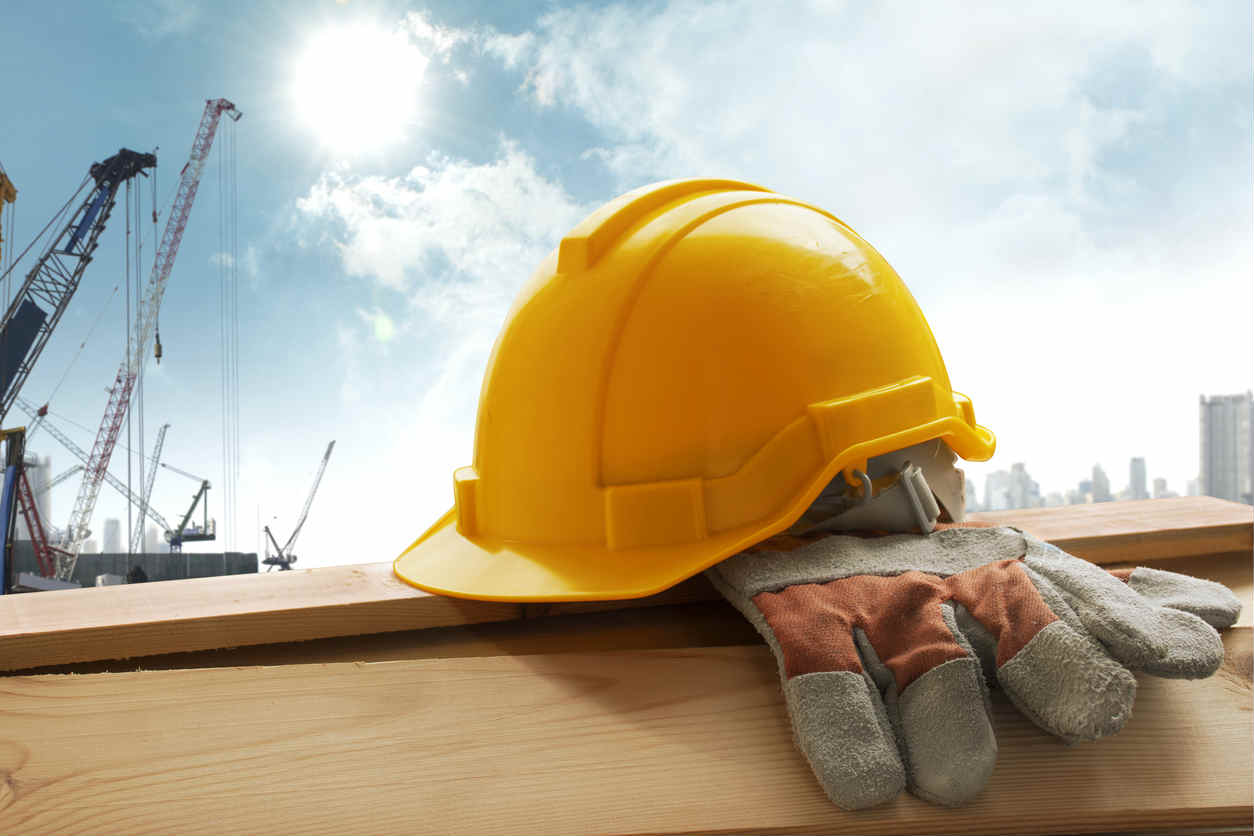 A Comprehensive Guide to the Importance of Safety Gear in Construction