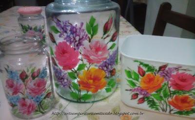 vidro com pintura feita a mão