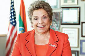 How old is Donna Shalala? Biography ,  Age, Husband, Net Worth, Education, Family, Political Party