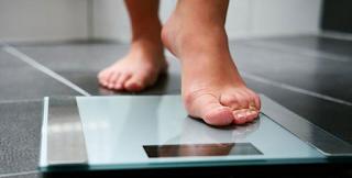 Γιατί παίρνετε κιλά χωρίς προφανή αιτία; Τρεις απρόσμενες απαντήσεις