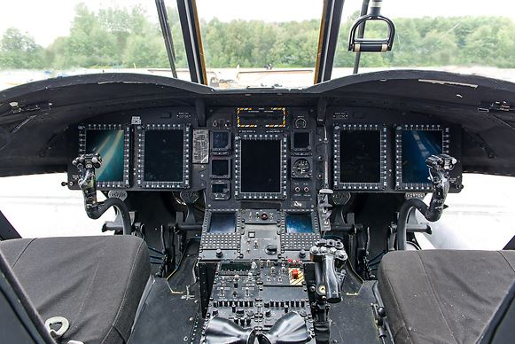 Boeing MH-47G Chinook cockpit