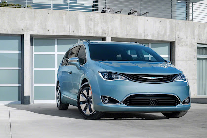 Chrysler Pacifica Hybrid 2017 Review, Specs, Price