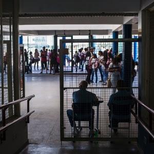 Alerta :RJ suspende aulas presenciais em 12 municípios por covid-19