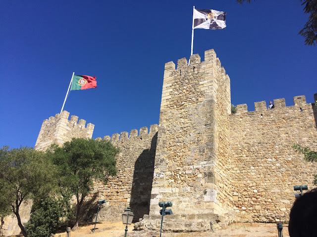 Castelo de São Jorge - Bandeira de Portugal - Lisboa - Centro histórico