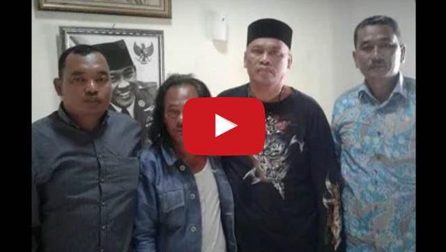 VIDEO: Jagoan GMBI Yang Pamer Makan Paku Ini Minta Maaf Dan Pingsan Di Depan Jawara Bekasi