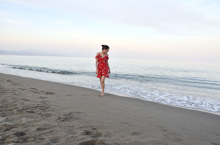summer-look-outfit-verano-flowers-dress-trends-gallery-fashion-beach