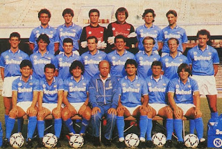 Ottavio Bianchi, front row, centre, with his 1986-87 Serie A title-winning Napoli squad