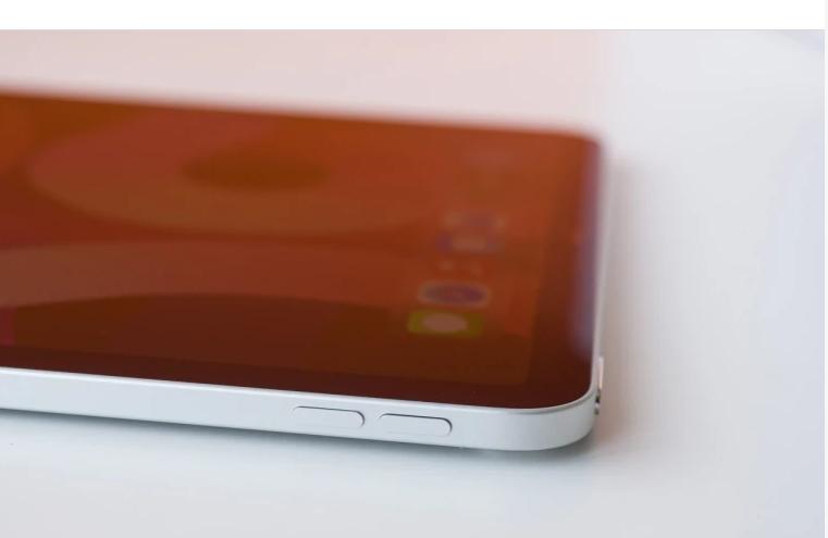 Laporan baru menunjukkan iPhone yang dapat dilipat akan diluncurkan pada tahun 2024 paling cepat, jika ada