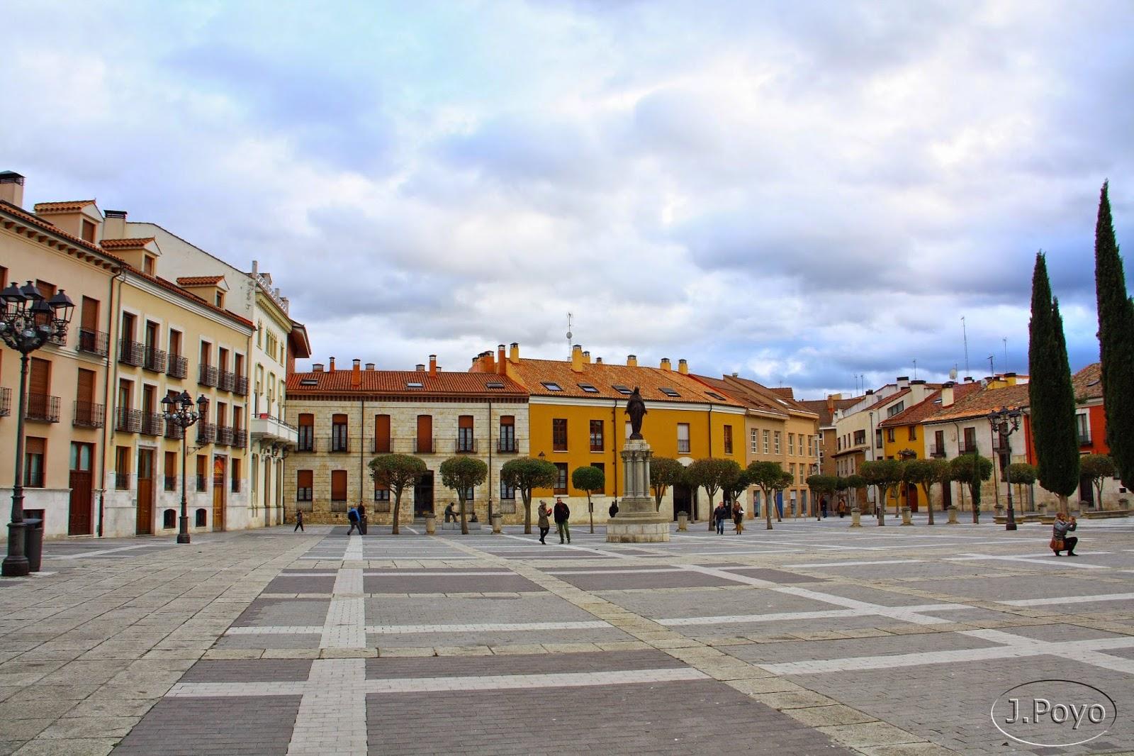 Plaza de la catedral de Palencia