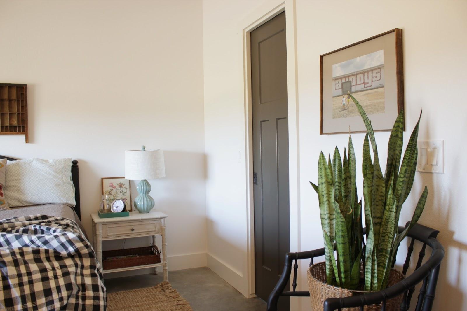 Simple, thrifted farmhouse bedroom