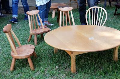 クラフトフェアまつもと2017 Kancraft 木のテーブルと椅子