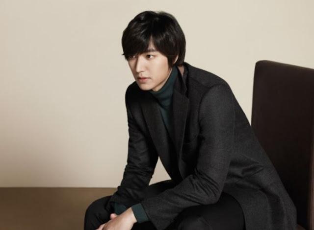Gaya Rambut Pria Ala Artis Korea Side-Parted Black Hair