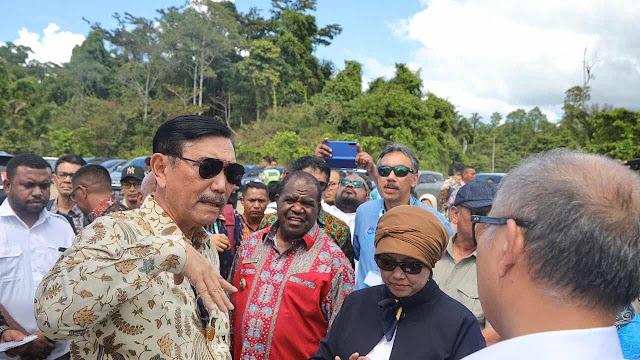Viral! Video Luhut cs Bahas Tanah Ulayat Papua untuk Bangun Pertamina