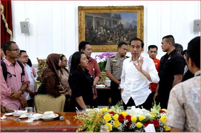 Presiden Jokowi Berharap Staf Khusus Beri Kontribusi Inovasi Pada Kebijakan Pemerintah
