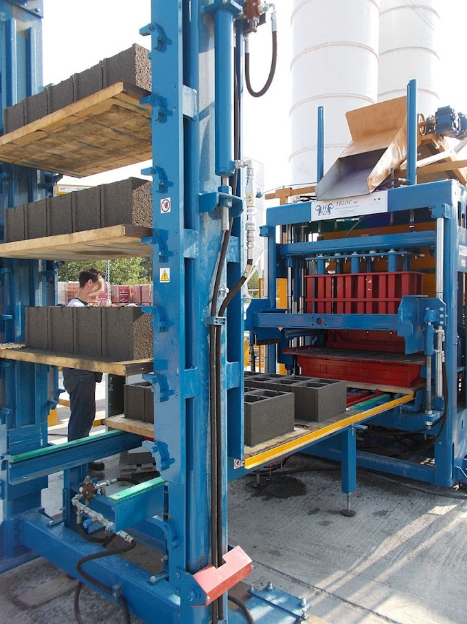 Automatic Concrete Block / Roof Tiles Making Machine Made in Italy