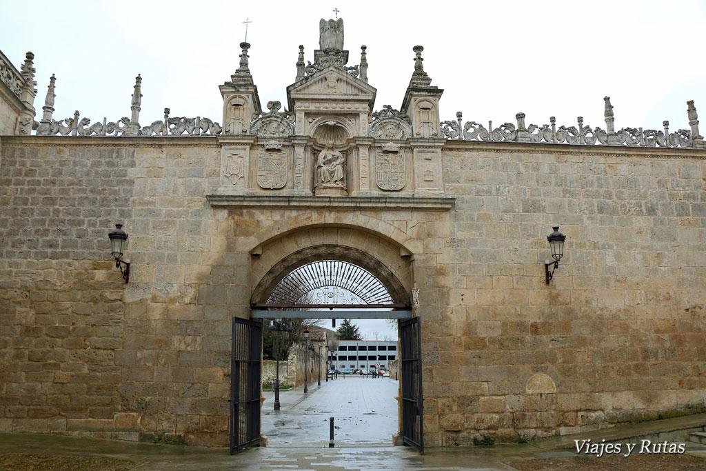 Puerta de los Romeros, Hospital del Rey, Universidad de Burgos