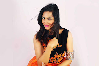 Arshi Khan Pictureshoot Stills For Flynn Remedios 9.jpg