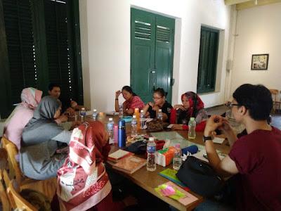 Writing For Healing bersama Wahyu Bramastyo di Semarang