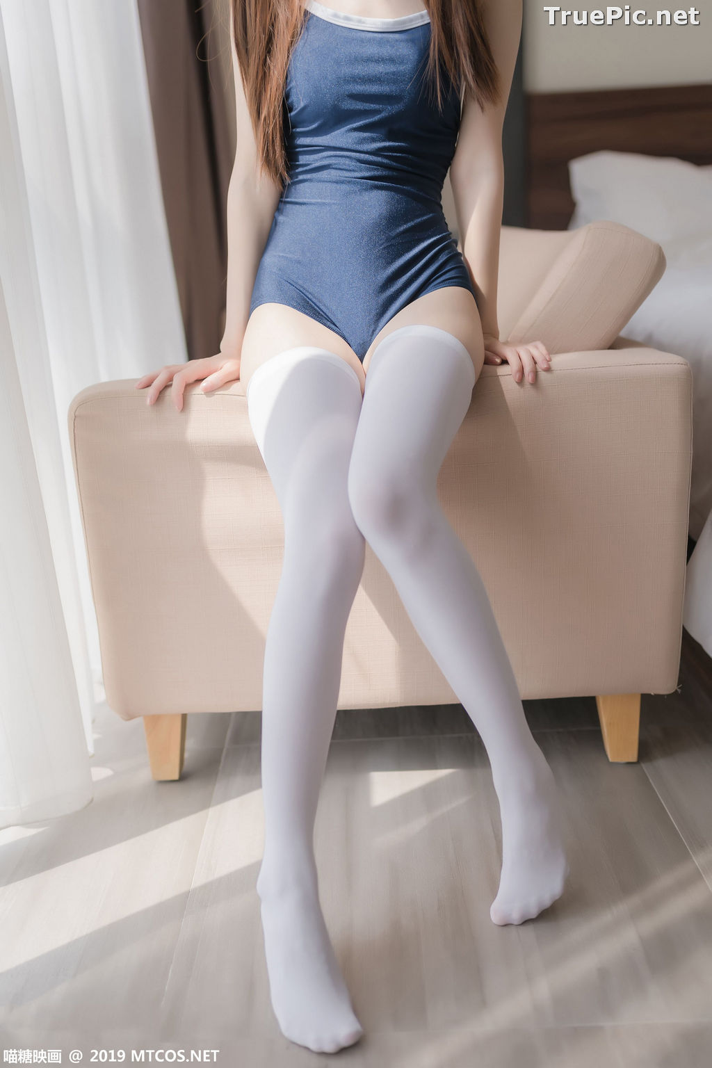 Image [MTCos] 喵糖映画 Vol.036 – Chinese Cute Model – Navy Blue Monokini and White Stockings - TruePic.net - Picture-2