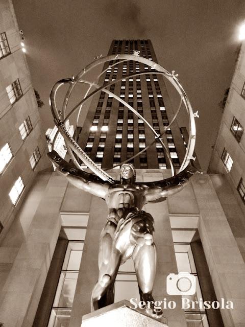 Public Art Atlas Statue - Rockefeller Center - NYC