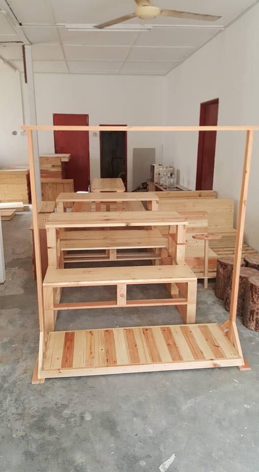 Kayu Warisan Malaysia Barang barang perabut Kayu Pine dan