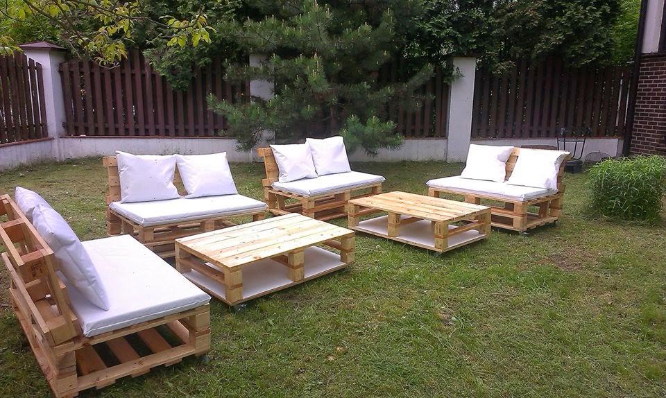 salon de jardin en palette vendre. Black Bedroom Furniture Sets. Home Design Ideas