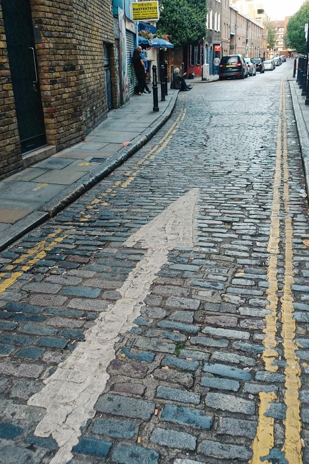 ヘンエッジ・ストリート(Heneage Street)