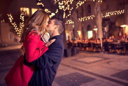 Online Dating kyssar