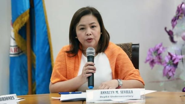 DepEd assures teachers' salary increase in 2021 despite COVID-19 setbacks