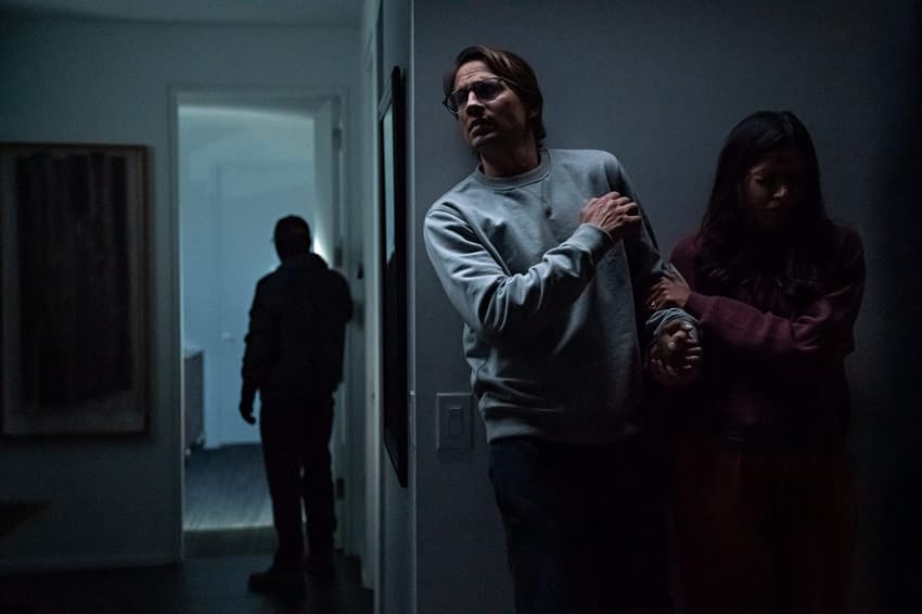 «Посторонние» (Intrusion, 2021) - разбор и объяснение сюжета и концовки. Спойлеры!