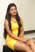 actress Tarunika new sizzling pics-thumbnail-17