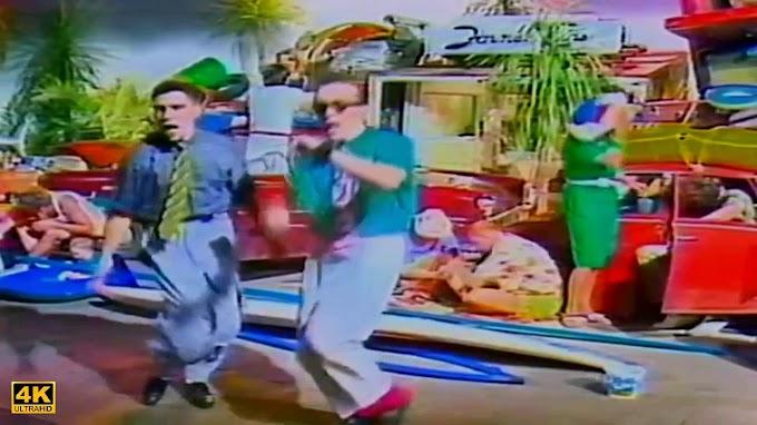 Todo el cutrerio de los ochenta en un solo video musical, Vamos a la Playa con Righeira