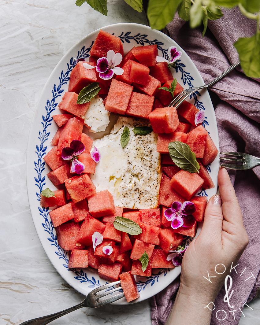 Uunifeta-vesimelonisalaatti