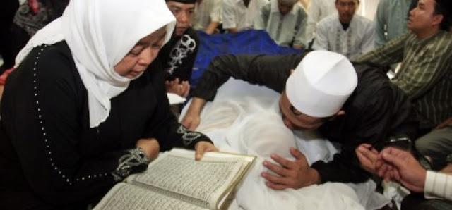 Innalillahi, Istri KH Zainuddin MZ Meninggal Dunia