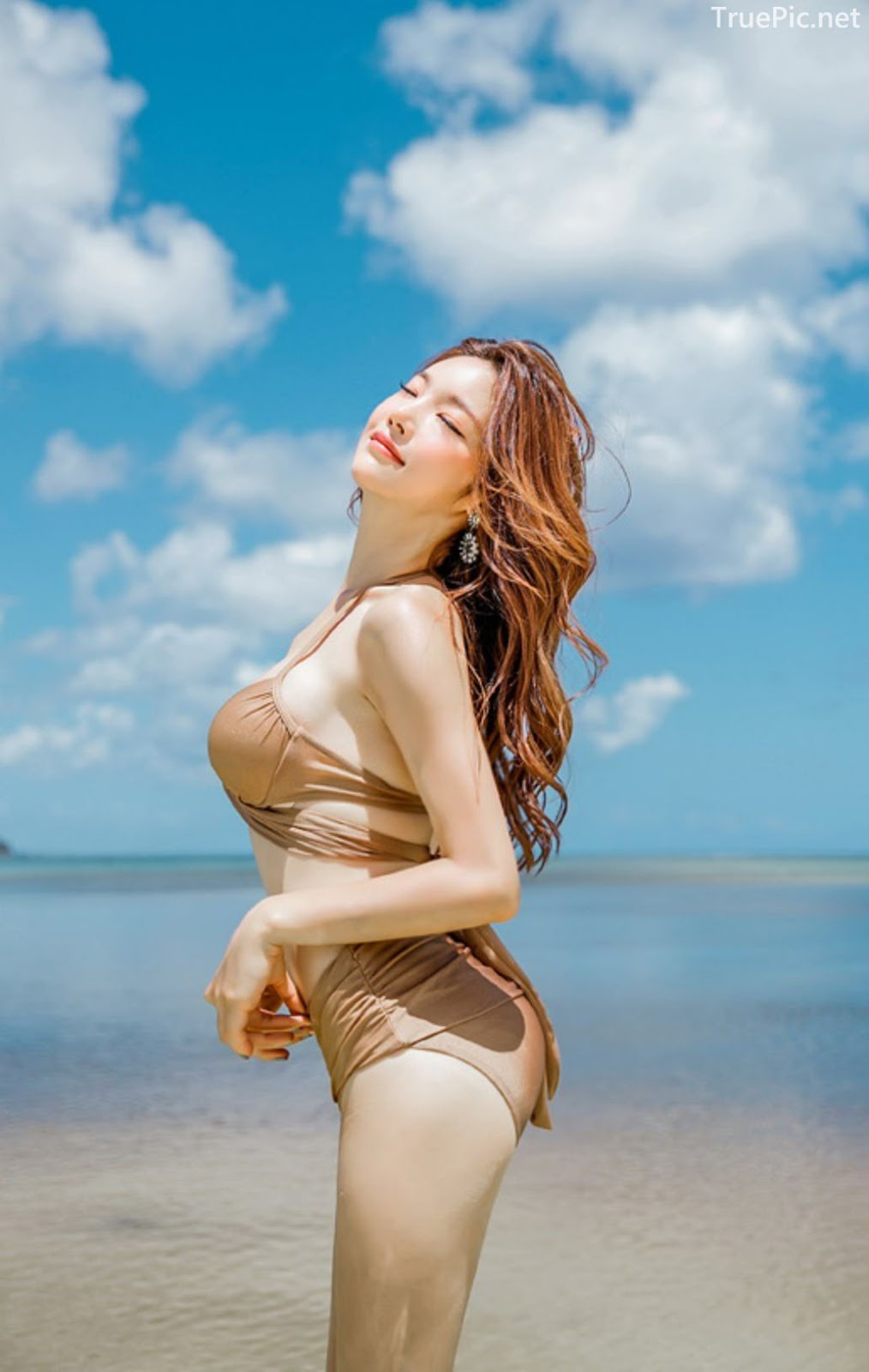 Park Jeong Yoon - Geullaemrouge Gold Bikini - Korean model and fashion - Picture 6