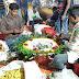 ঈশ্বরদীতে ৪৯তম বিজয় দিবসের পুষ্পমাল্য তৈরিতে ব্যস্ত ফুল বিক্রেতারা