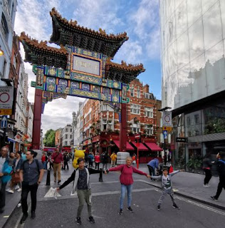 La puerta de China Town en Londres.