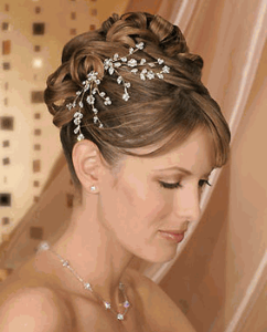 fashion and art trend bridal hair accessories