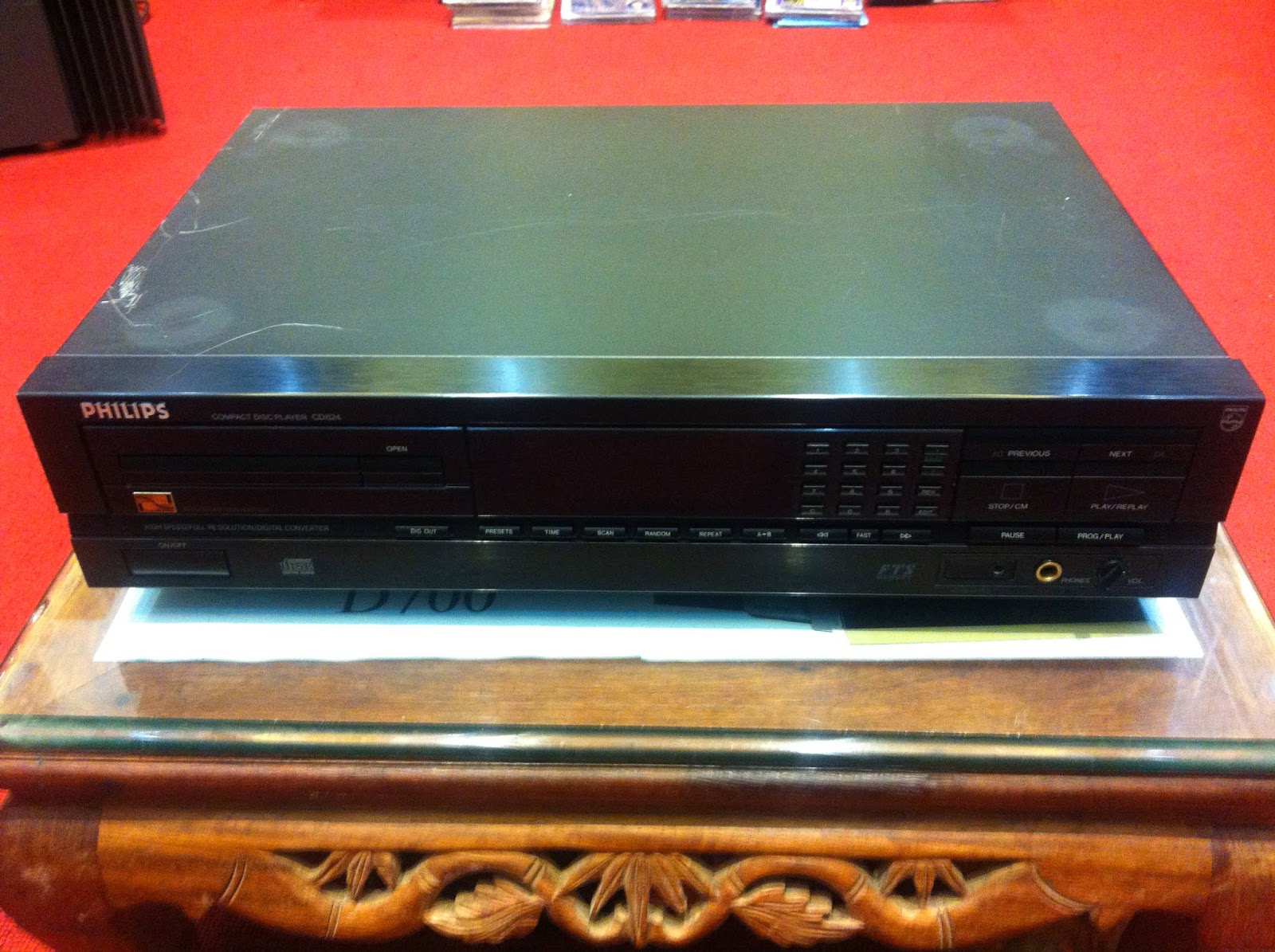 CD Player - Philips 824