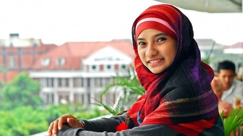 Tidak Setuju Jokowi Mundur, Sherly Annavita: Tugas Beliau Adalah Memimpin dengan Gagah Berani!