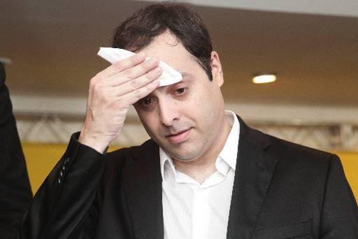 Resultado de imagem para PAULO CAMARA O PIOR GOVERNADOR